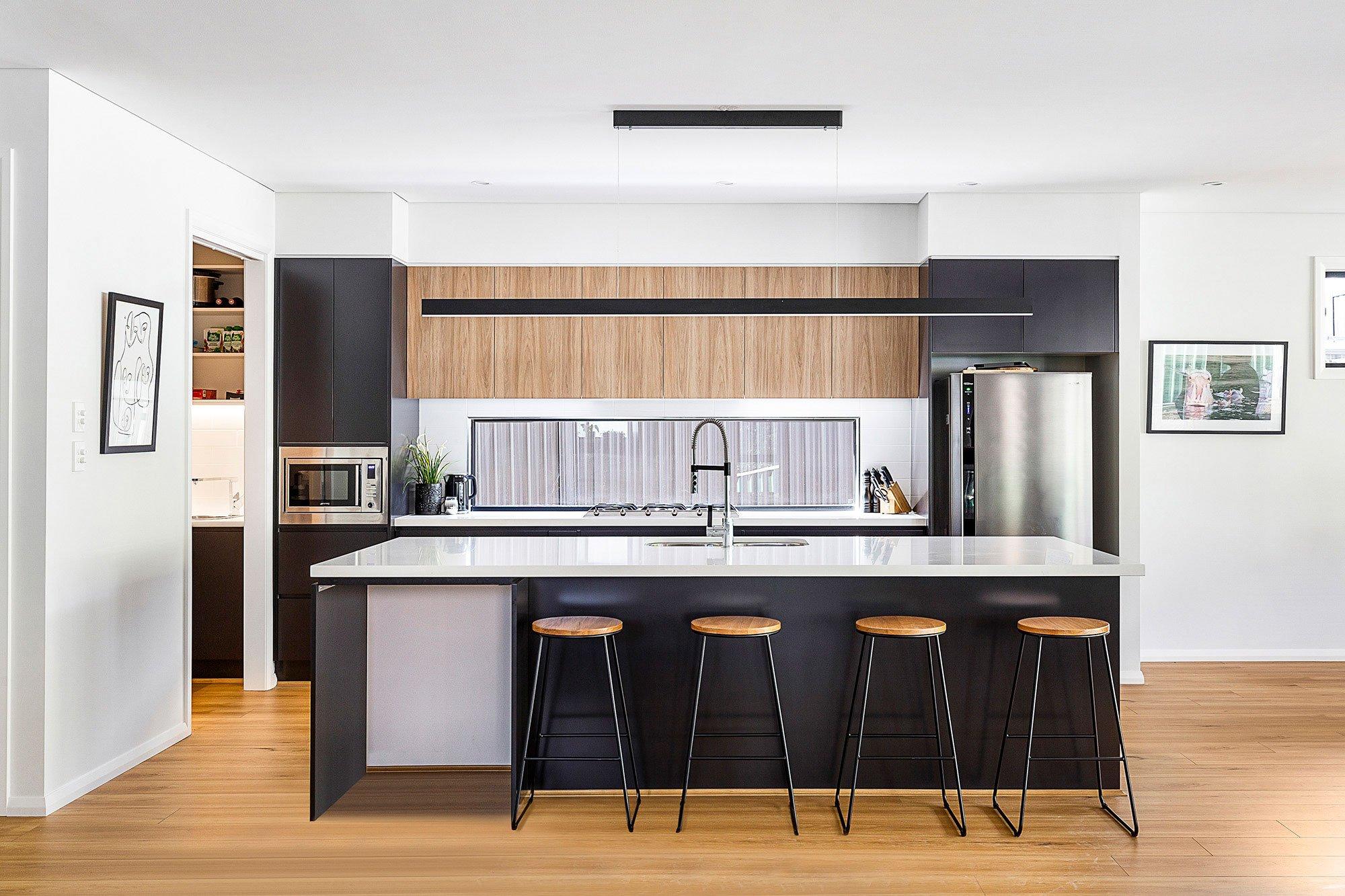 hallharthomes-kitchen-001-2000x1333