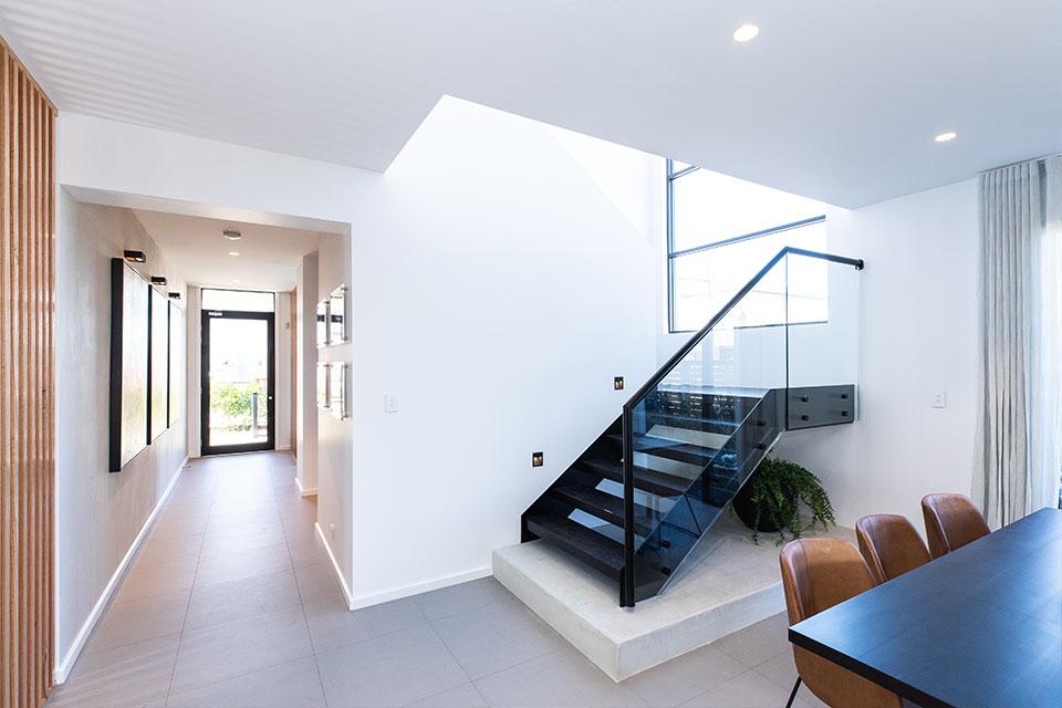 hallharthomes-soho-staircase-blog-img003